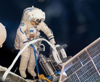 La Russie permettra à un touriste de sortir de l'ISS pour faire un tour dans l'espace