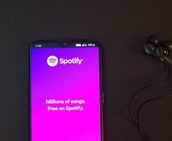La formule gratuite de Spotify est compatible avec Alexa