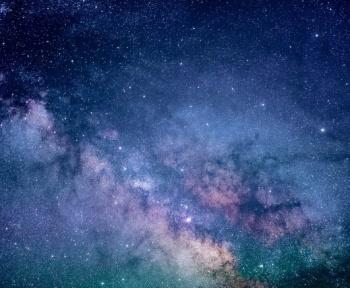 Enfin une explication pour les anomalies repérées autour de Bételgeuse ?
