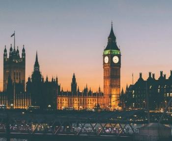 5G: Londres décide d'exclure complètement Huawei d'ici fin 2027