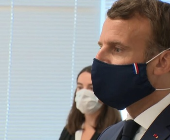 Emmanuel Macron va rendre le masque obligatoire dans tous les lieux publics clos