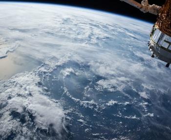 Espace : la Russie lancerait des missiles depuis ses satellites