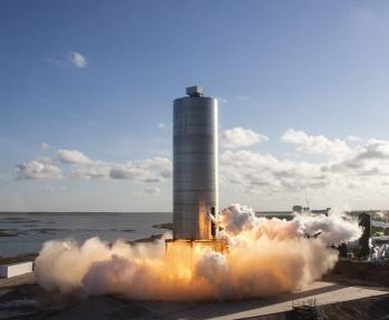 Un prototype Starship de SpaceX a encore décollé jusqu'à 150m sans embûches