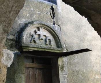 On a retrouvé une ancienne crypte secrète utilisée par des Templiers chargés de la protection du Saint Graal