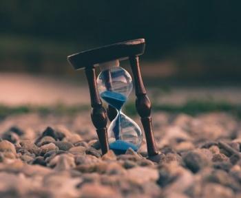 Il serait en théorie possible de voyager dans le temps sans faire face à des paradoxes