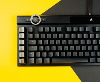 Test du Corsair K100 RGB : un clavier qui a tout, et c'est réussi