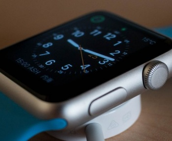 Quand votre Apple Watch vous évite de toucher votre visage