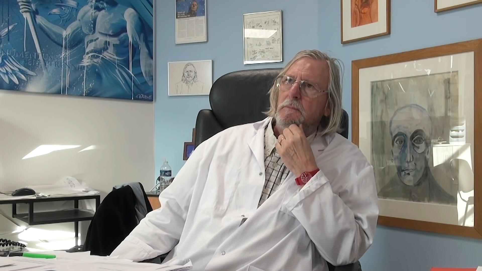 Covid-19: pourquoi l'Ordre des médecins porte plainte contre Didier Raoult et 5 autres docteurs