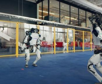 Ces robots Boston Dynamics dansent certainement mieux que vous