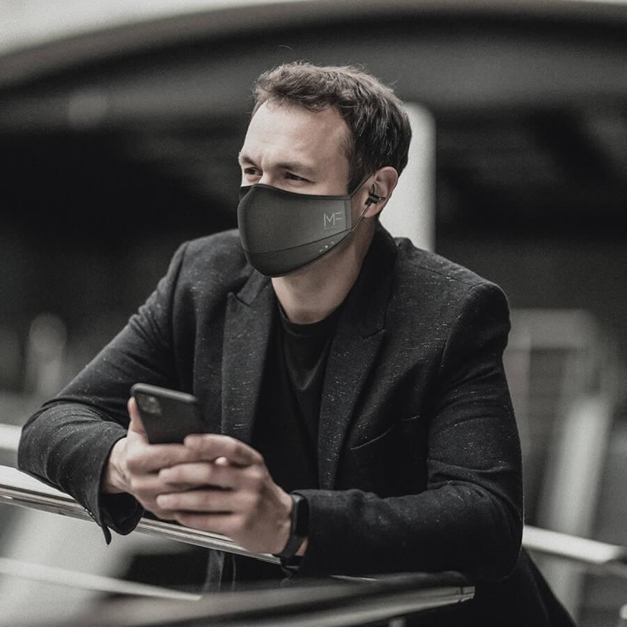 Le MaskFone est un masque de protection avec écouteurs et micro intégrés !