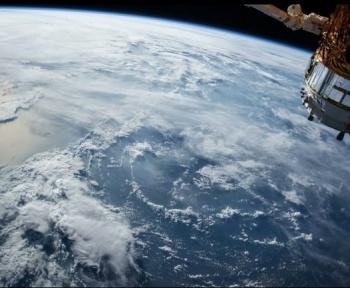 Japon : du bois pour construire des satellites ?