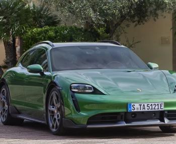 Porsche lance un modèle plus baroudeur de sa Taycan 100% électrique
