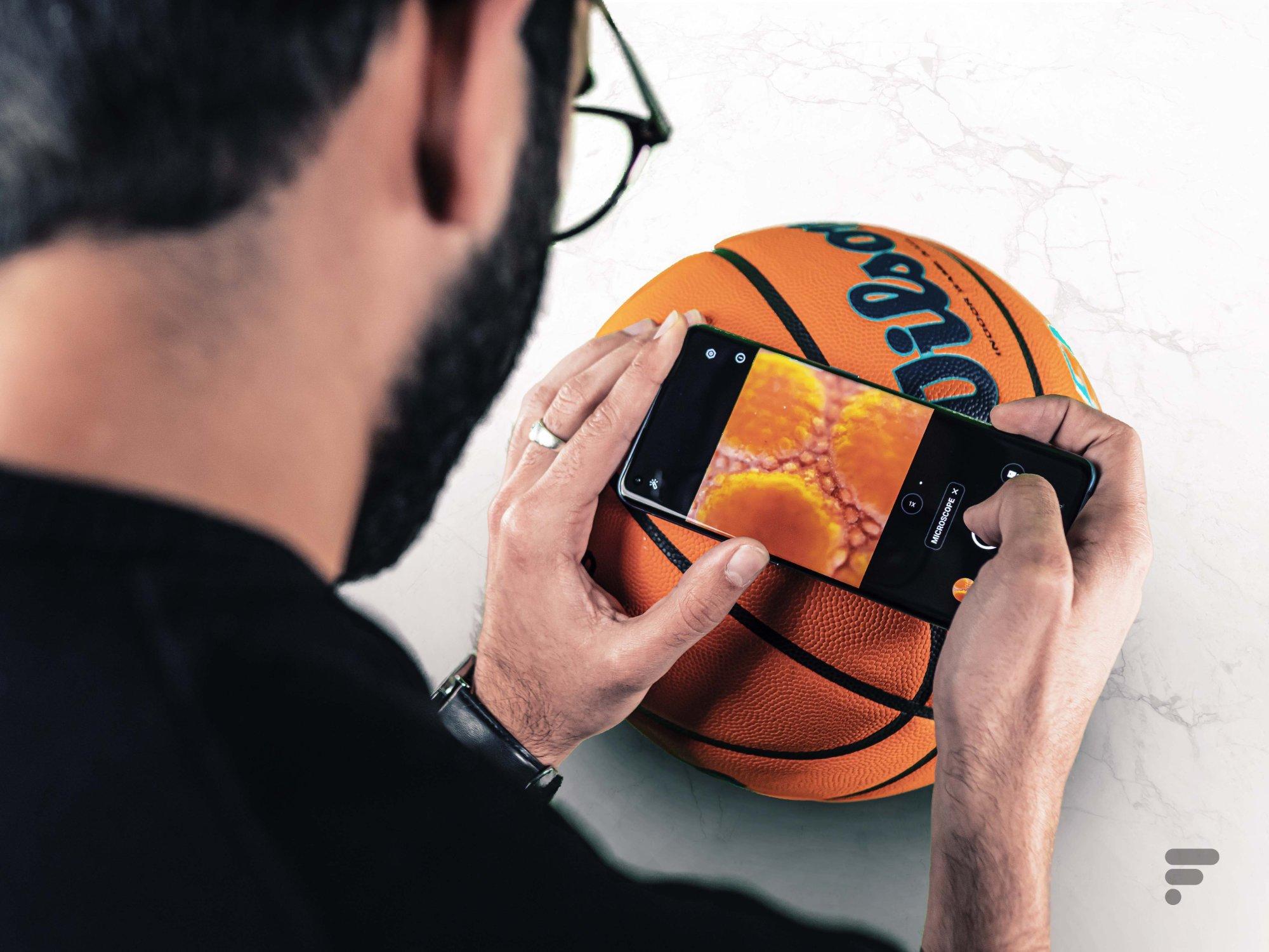 Un microscope sur un smartphone, est-ce bien nécessaire?