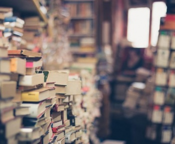 Ces chercheurs recréent en laboratoire les parfums des livres anciens