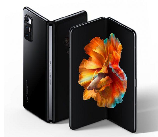 Le Xiaomi Mi Mix Fold officiel, avec une optique liquide