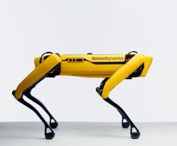 Spot, le chien robot de Boston Dynamic peut maintenant uriner de la bière