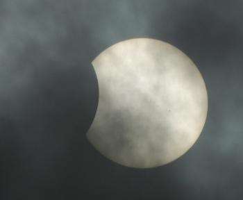 Éclipse solaire du 10 juin 2021: que peut-on espérer voir en France?